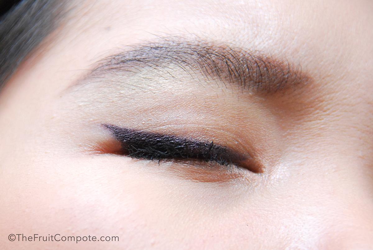diorshow-liner-waterproof-plum-prune-burberry-eyeshadow-midnight-plum-3