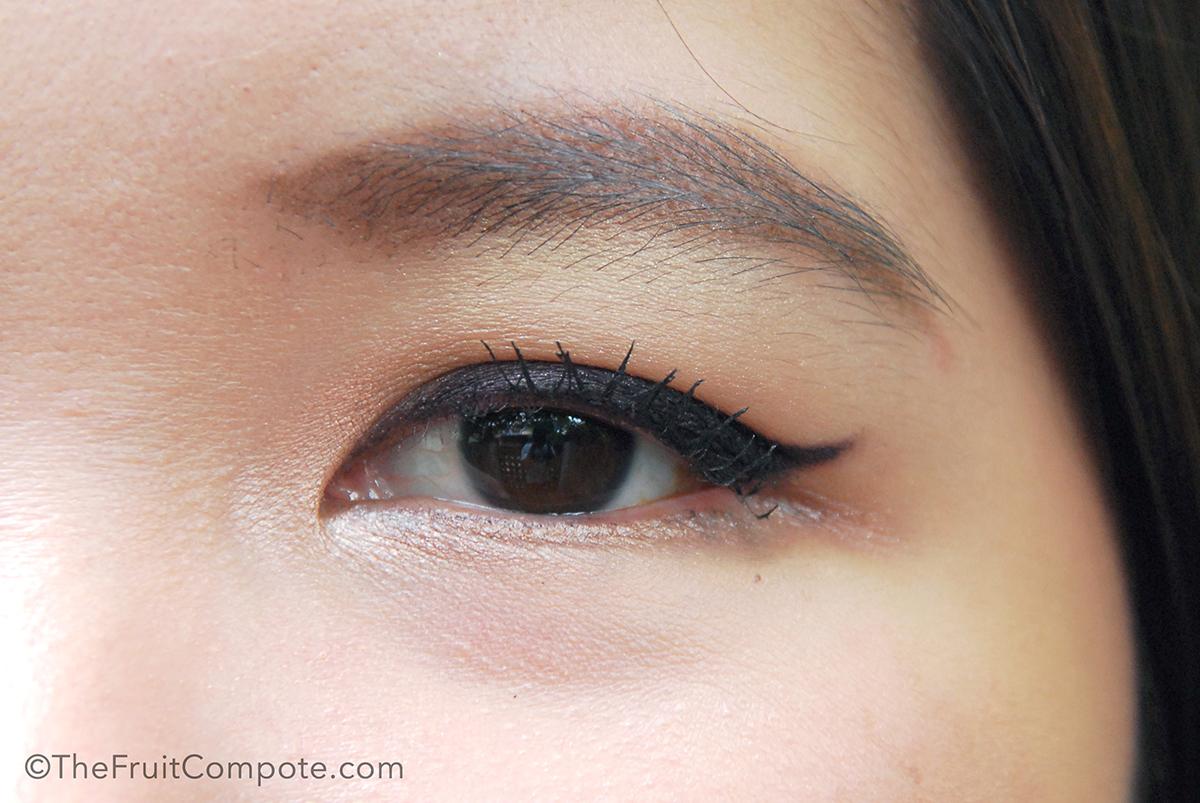 diorshow-liner-waterproof-plum-prune-burberry-eyeshadow-midnight-plum-4