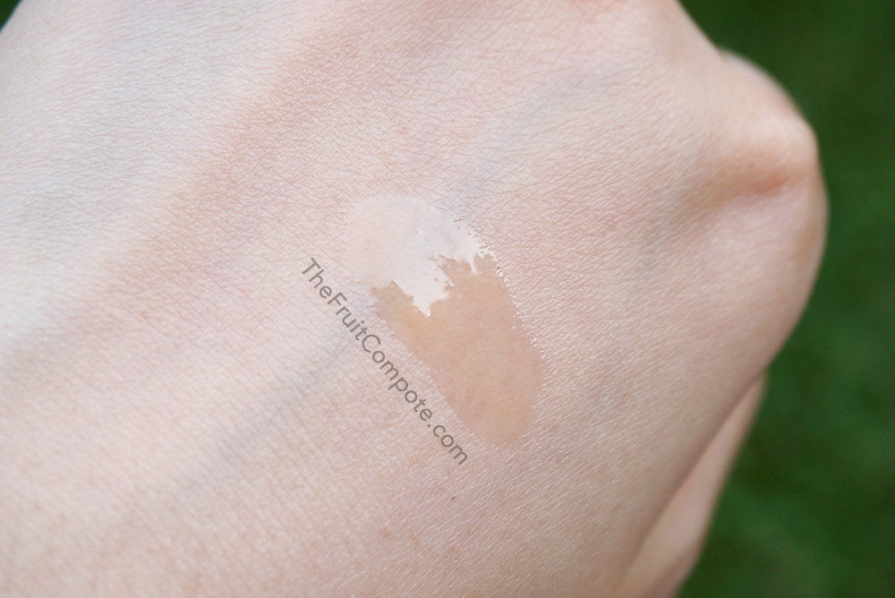 clarins-instant-light-lip-comfort-oil-honey-review-swatch-photos-4